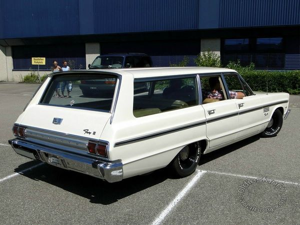plymouth fury III wagon 1965 b