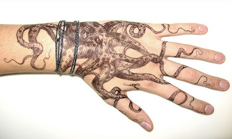 Hand Octopus Tattoo Photo:  This Photo was uploaded by pinboys. Find other Hand Octopus Tattoo pictures and photos or upload your own with Photobucket fr...