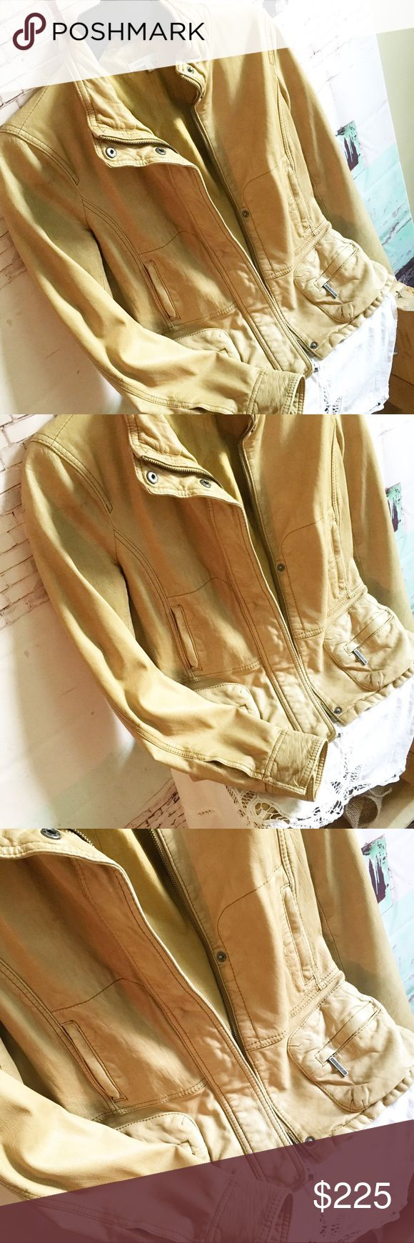 """GORGEOUS VINCE TAN LEATHER JACKET, Size M VINCE Leather Jacket, Size Medium Beautiful tan buttery soft leather jacket.  No rips, tears or stains.  Measures 19"""" in chest, 15.5 shoulder to shoulder, 23"""" long and sleeve length is 25"""".  This jacket retailed at $700. Vince Jackets & Coats"""