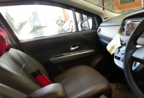 """DIJUAL / OVER KREDIT Mobil TOYOTACALYATh.2016 Spesifikasi:Tipe G–1200 cc–Hitam –Matic–Orisinil– Mulus–KM.1500 – Plat""""D""""– STNK Panjang (September) Harga:Rp. 55.000.000,-…"""