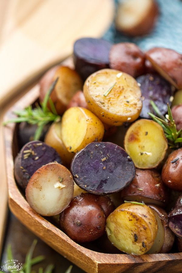 Slow Cooker Garlic Rosemary Tri-Color Potatoes Recipe plus 24 more Clean Eating Easter Recipes