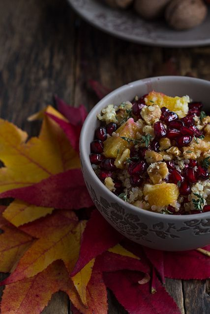 Quinoa salad with orange and pomegrate