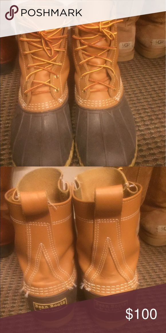 L. L Bean boots Size 9 thinsulated L.L Bean boots rarely worn L.L. Bean Shoes Lace Up Boots