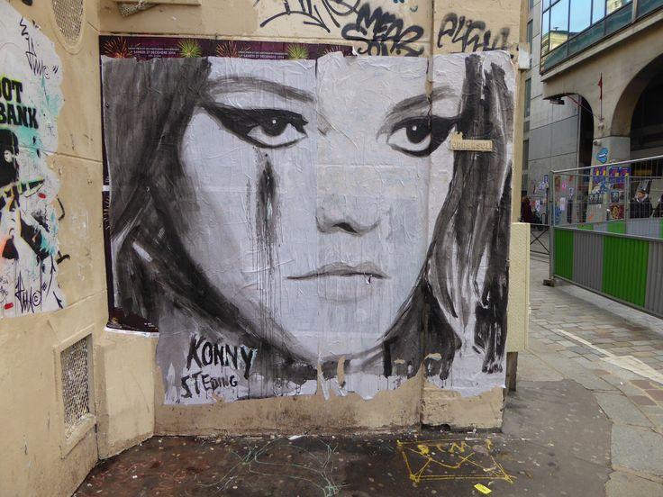 Konny, Paris
