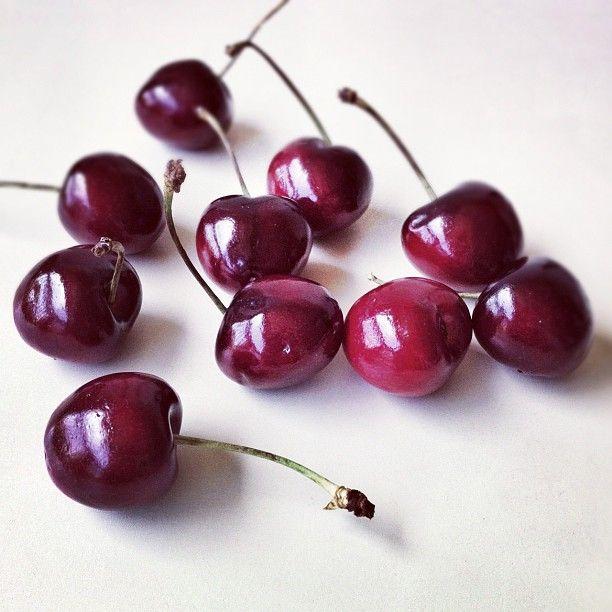 cherries, Yummy!: Cherrys Yum, Buy Cherries, Food Desserts Drinks, Cherries Yummmmmm, Summer, Favorite, Bing Cherries