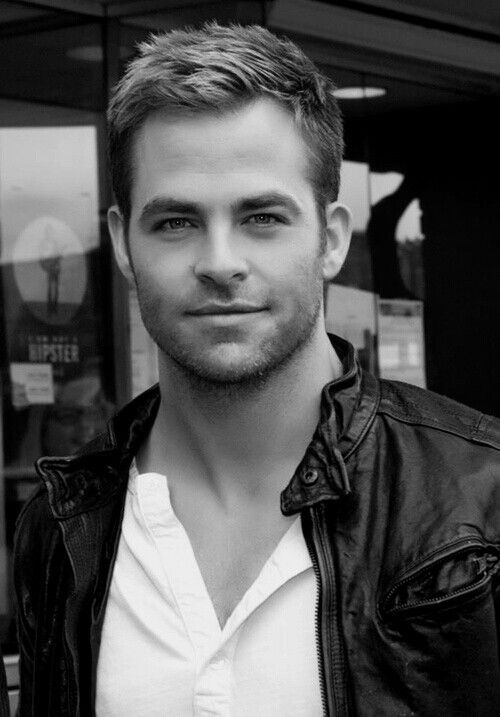Chris Pine well.. it's in black and white.. sooo 6 or 7