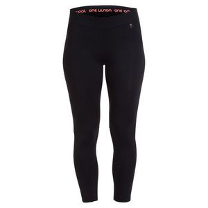 ONE active by Michelle Bridges Back Print Tights - Sizes 8-16. This style features a detailed centre back zip pocket, print design at back leg, Moisture Wicking Technology and flatlock seams for comfort.