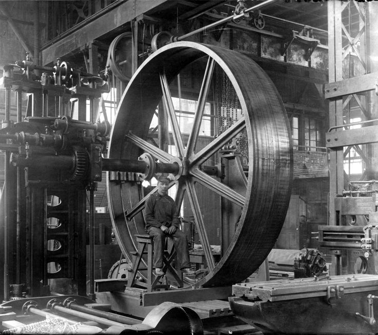 A Worker In The Hydraulic Machinery Factory Circa 1900
