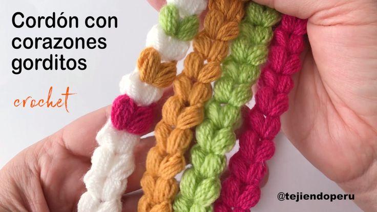 Cordón de corazones tejido a crochet