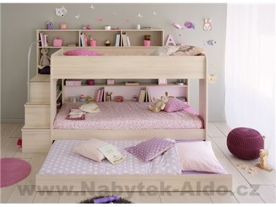 Dětská postel až pro tři děti