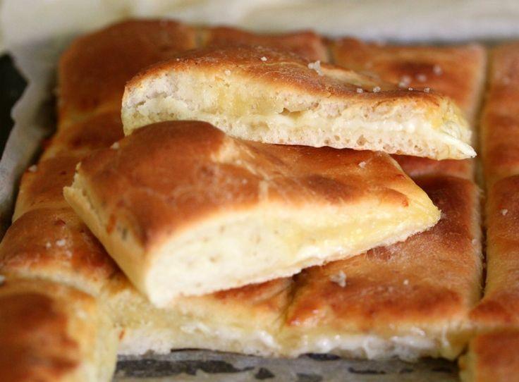 Tenina's Cheesey Garlic Bread Sticks