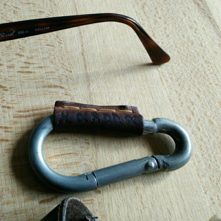 3x2! Take 3 and pay 2 handmade leather Carabiner - Keychain, free customization on Etsy