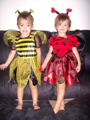 Méhecske és Katica, farsangi jelmez ötletek Ikreknek