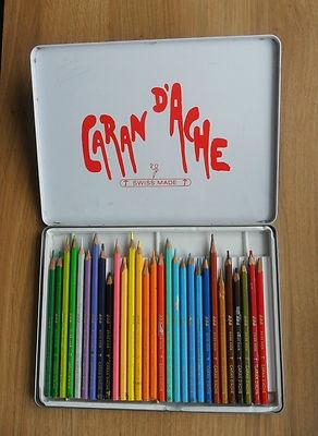 Om zo'n prachtige doos kleurpotloden te krijgen .... ahh, een juweel.