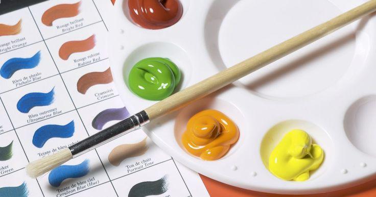 Canetas que funcionam com tinta acrílica. Considera-se que pintar com tinta acrílica é mais barato do que à óleo. São necessários diferentes dispositivos para escrever em cada um desses dois tipos de tintas. O acrílico é um derivado do plástico e uma resina sintética emulsificada em água contendo pigmentos em suspensão. Para escrever em tinta acrílica, é preciso uma caneta especial.