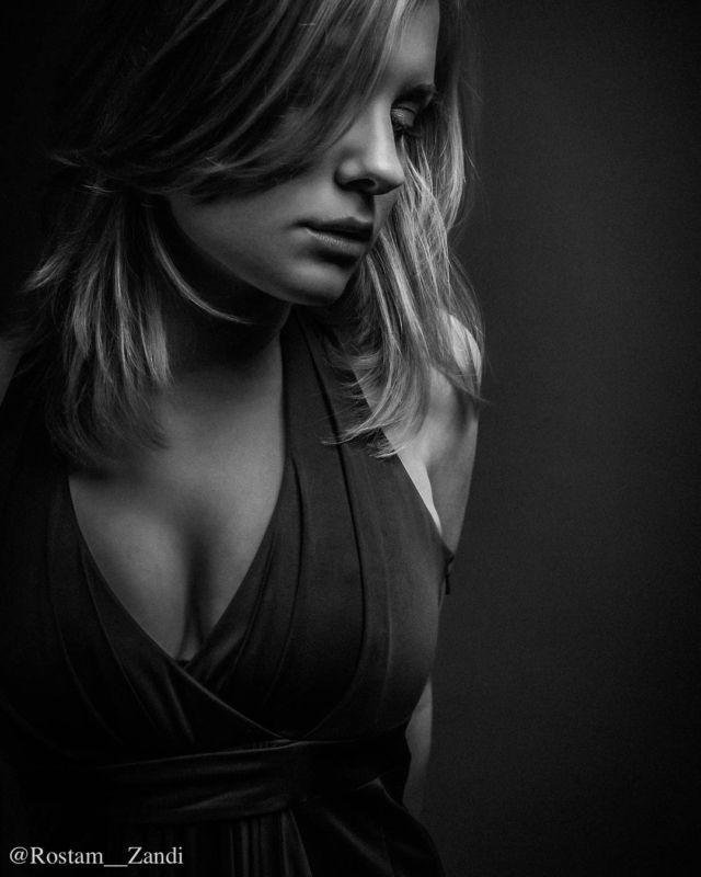 Portrait  And yes dear friends I do shoot portraits I just sometimes forget that I do . #Fujifilm #Photography #PortraitPhotography #Portraiture#discoverportrait #portraitphotography #profile_vision #postmoreportraits #portraitpage #portraiture #makeportraits #makeportraitsnotwar #makeportraitsmag #humaneffect #portrait_perfection #agameofportraits #pursuitofportraits #portraitisreligion #peopleinframe #fujifeed #myfujifilm #fujixclub #fujiframez #fujifilmxseries #FujifilmSverige