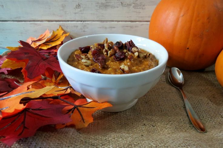 Pumpkin Oatmeal in a Crockpot   - A healthy, creamy, thick, hearty, slow cooked oatmeal made with pumpkin, vanilla and spices. #crocktoberfest2013