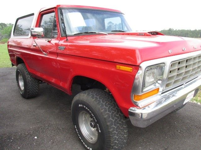 25 best ideas about ford bronco for sale on pinterest bronco for sale bronco car and ford bronco. Black Bedroom Furniture Sets. Home Design Ideas