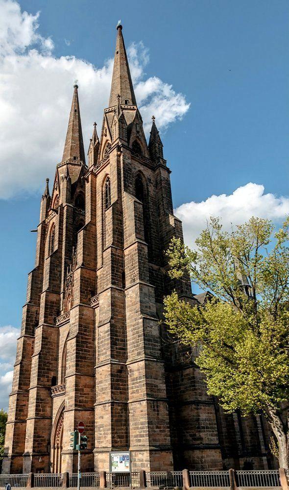 Die St. Elizabeth's Kirche ub Marburg, Hessen, Deutschland