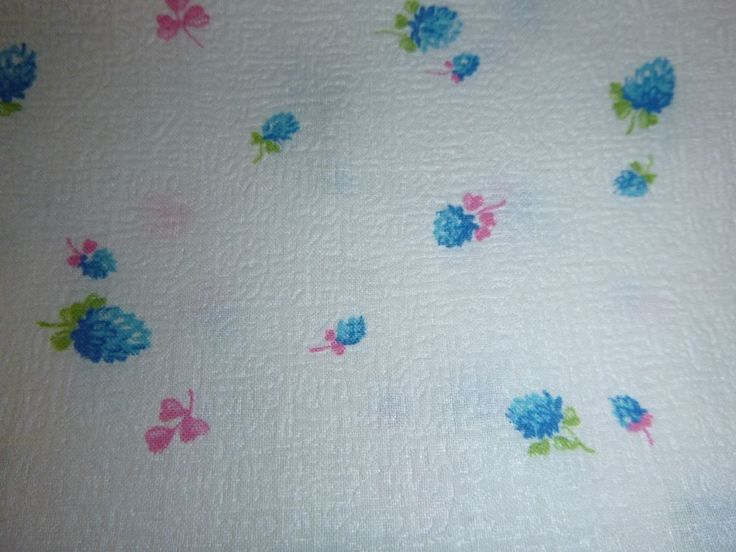 "Vtg Textured White Blue Pink Floral Berry Novelty Fabric Cotton Blend 36"" x 4yds"