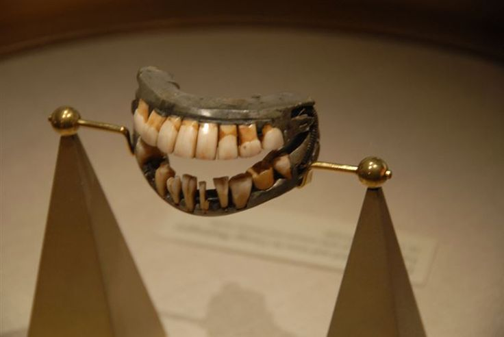These are the teeth of George Washington.