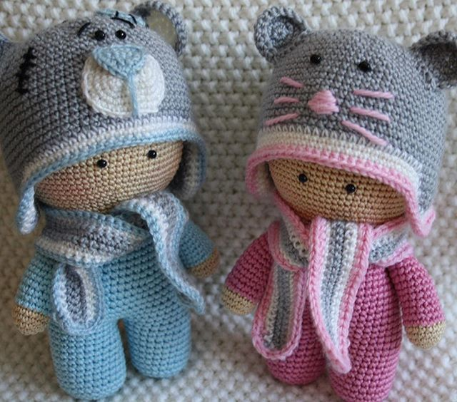 Russian crochet dollies w/animal hats. Cuuute!!! (inspiration) #winter #hat #scarf. Autumn. Fall. Animal