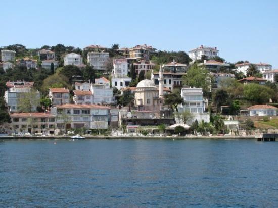 Buyukada (Prince's Island) Turkey - no cars allowed!