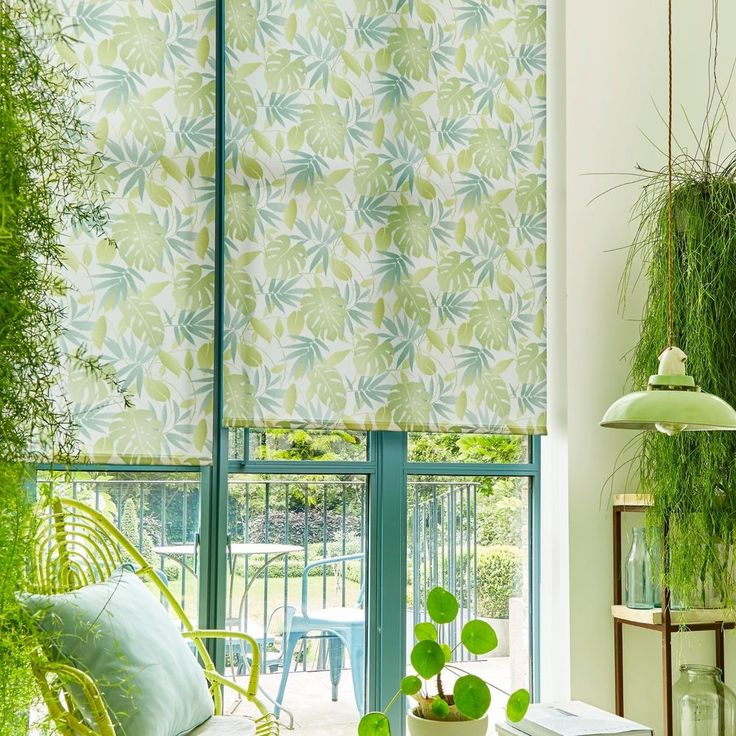 **Totally Tropical** Aquarius HOWLEY GREEN straight edge ROLLER BLINDS | Home, Furniture & DIY, Curtains & Blinds, Blinds | eBay!