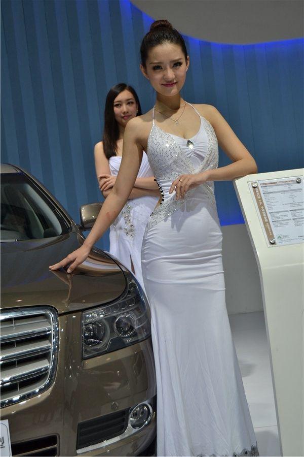 2014重庆车展清纯小妹妹 清纯 女优 香车美女 Formal Dresses Long Dresses White Formal Dress