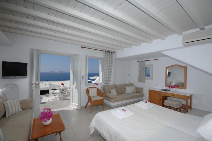 http://www.mykonosview.gr/mykonos-accommodation.php