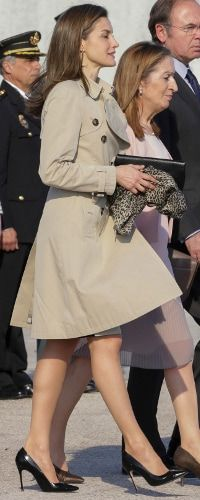 Queen Letizia of Spain departs for an official visit to Japan at the Barajas Airport on April 3 2017 in Madrid Spain