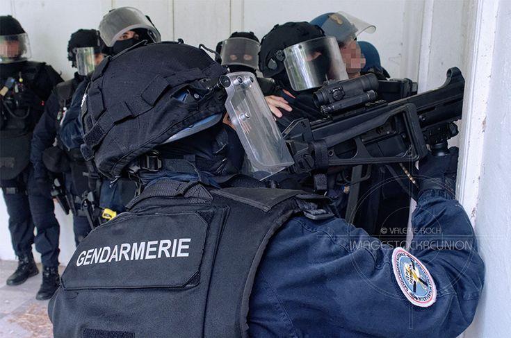 Magazine militaire | La Réunion | FAGERS | Deux instructeurs du GIGN à la Réunion pour assurer le contrôle opérationnel du GPI.