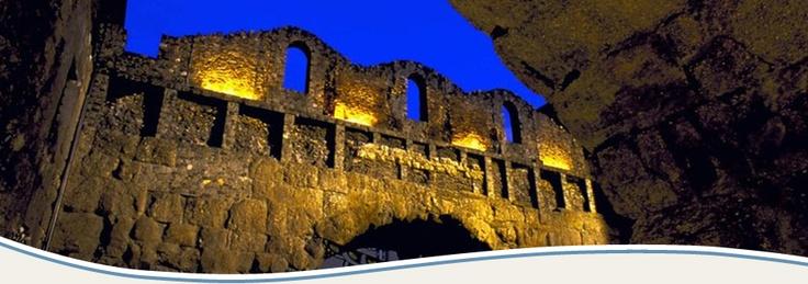 Porta Praetoria in Aosta, Italy    http://aosta-valley.co.uk/aosta-town.htm