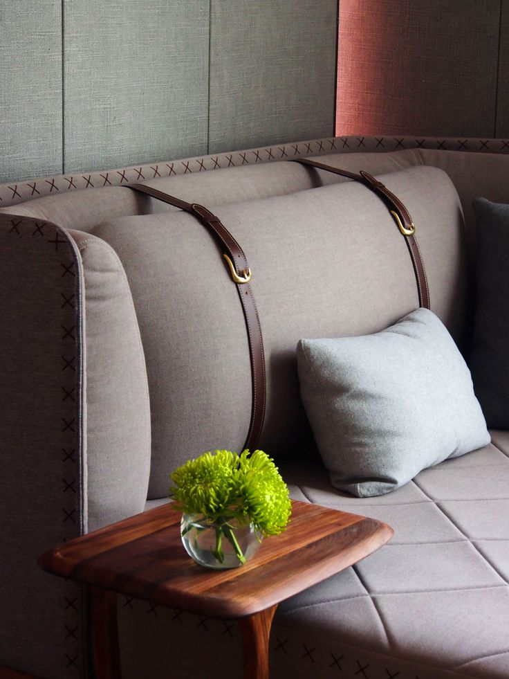 Handsome, leather cushion detail