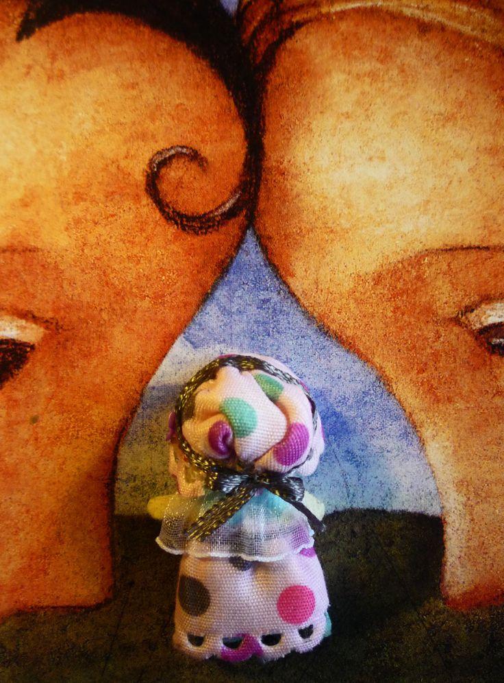 "Lamb had a little Mary: Muñeca de trapo miniatura 1 1/2"" (espalda).  Miniature rag doll 1 1/2"" (back). By Georgina Verbena"