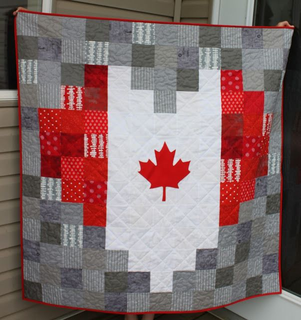 Daydreams of Quilts: Heart Shaped Canadian Flag Pixelated Quilt