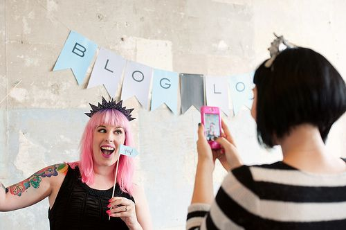 Auckland Blogcademy  - Jel Photography - Banner and Yay flag by Wink