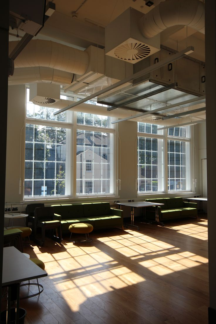 Gorgeous Light Quality At The School Of Fine Art History And Cultural Studies