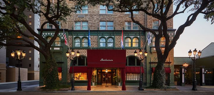 Enjoy the new Pontchartrain Hotel, an historic gem on St Charles Avenue in downtown New Orleans Garden District, close to Bourbon Street & the French Quarter!