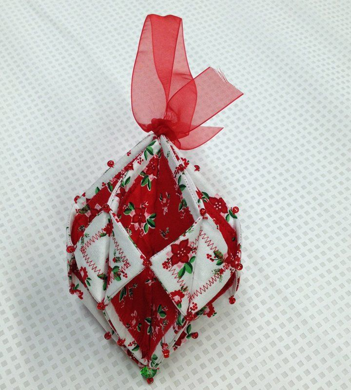 Fold n stitch holiday ornament pm christmas