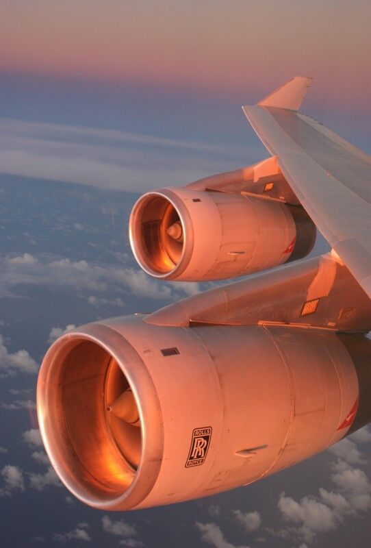 747 Rolls Royce engines...
