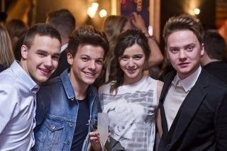 el , louis , liam and some guy i dont know :) lol Xxxxxx