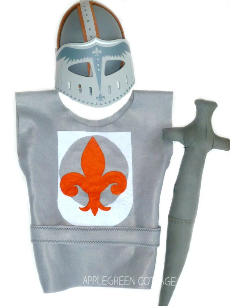 amazing kids knight costume DIY for pretend play