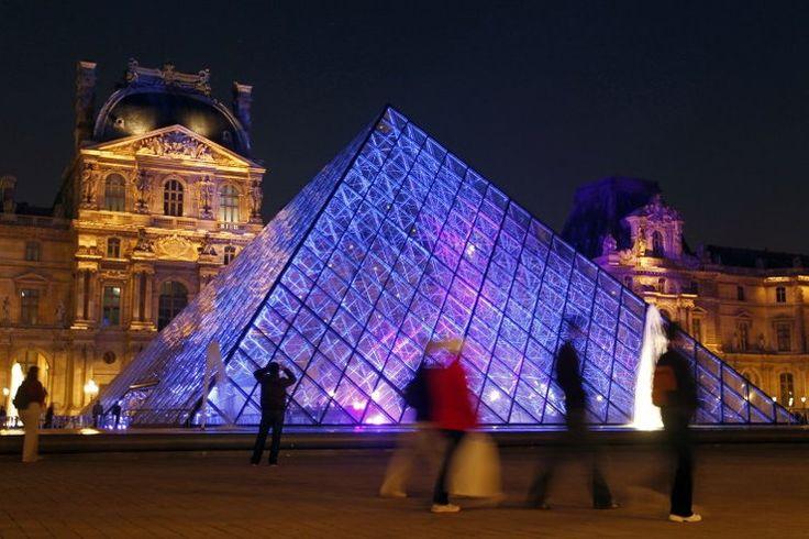 Muzeum Luwr, Paryż, Francja