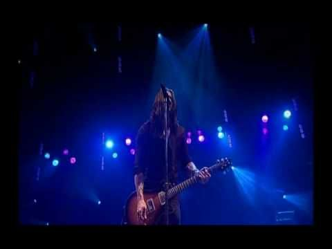 Alter Bridge - Blackbird LIVE  My favorite version of my favorite band playing my favorite song. My Life Anthem, as it were. Performed at Wembley, no less.   Epic Level: HEINOUS!   We are Blackbirds. And We are Many.