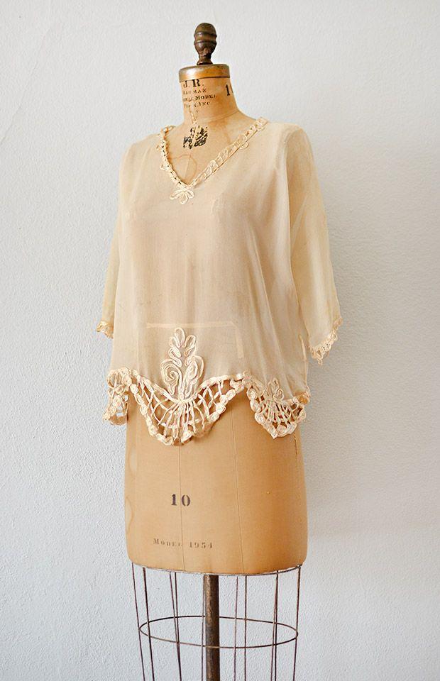 Cream Colored Women'S Blouse 40