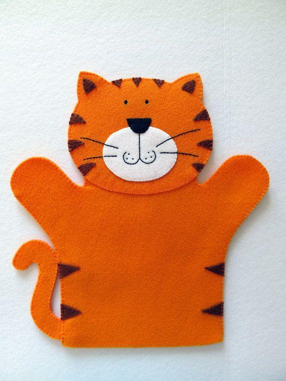 Котик, первая кукла-перчатка