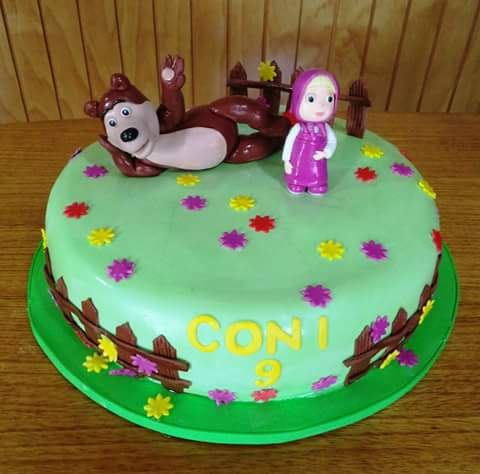 (1) Volovan Productos (@VolovanProducto)   Twitter #Masha_Y_Oso #fondant #cake by Volován Productos #instacake #Chile #puq #VolovanProductos #Cakes