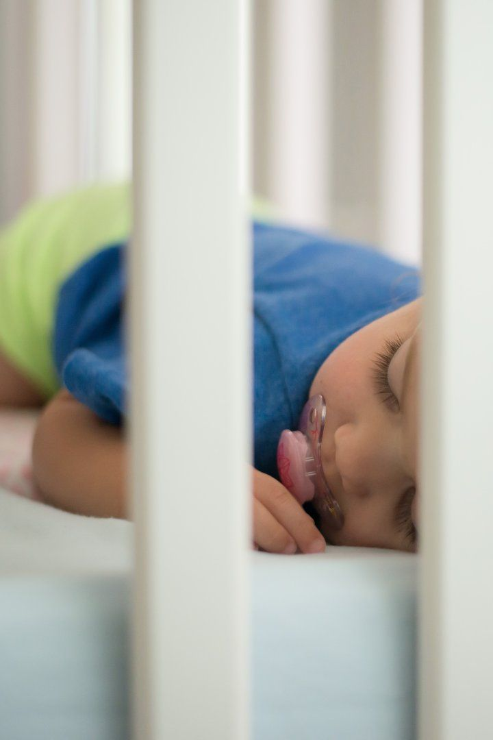 6 Tips For a Smooth Transition From a Crib to a Toddler ...