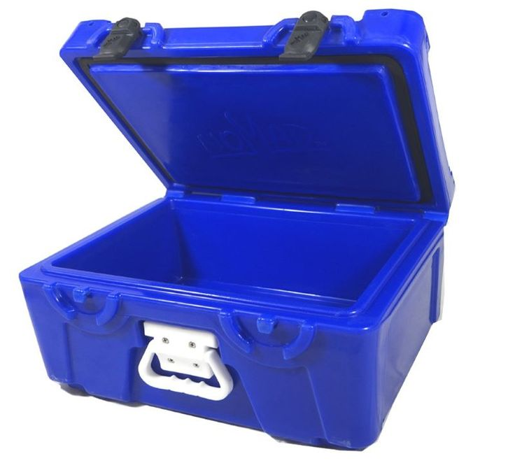 High quality 15L sample box that can be used for carrying specimens whilst keeping the product chilled ready for testing at the end destination.